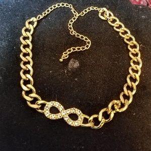 Jewelry - Chunky link rhinestone necklace